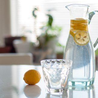 Woda w diecie seniora