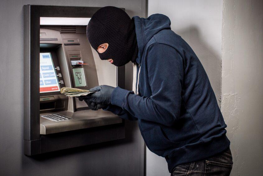 Kradzież z konta banku